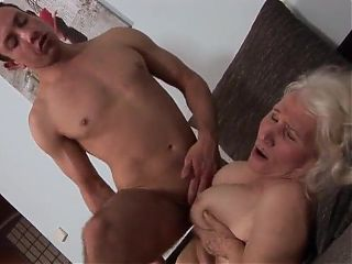 Mature granny housewife hot hairy granny milf porn
